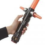 Star-Wars-Kylo-Ren-sable-electrnico-Hasbro-B2948-0-5